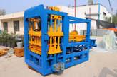 Máquina de Fazer Blocos - Angola