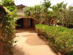 VILLA BASSE 05 PIÈCES + PISCINE À LOUER OUAGA 2000 CITÉ AZIMMO - Burkina Faso