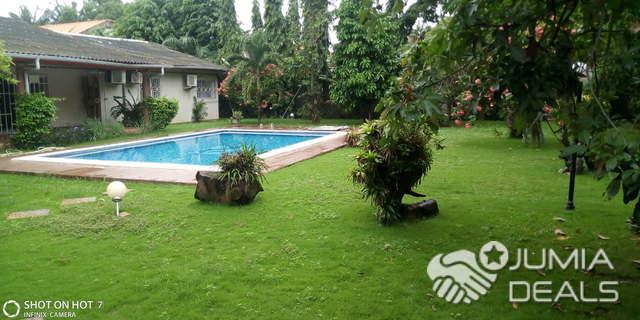 Villa De 8 Chambres Jardin Et Piscine A Louer Sur La Route De L Aeroport Bietry Jumia Deals