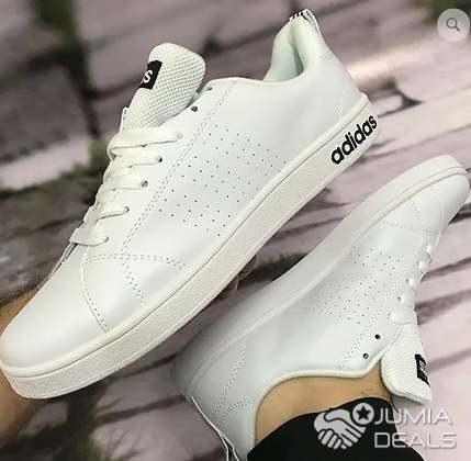 adidas neo noir et blanche
