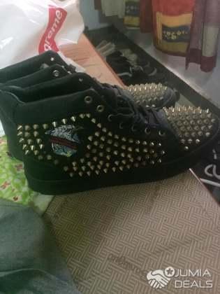 meilleur site web bonne texture usa pas cher vente Chaussures Louboutin Pour Homme