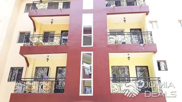 Appartement pour bureaux ou habitation à louer à elig essono