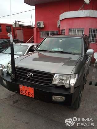 Toyota Land Cruiser 2000   Cameroon