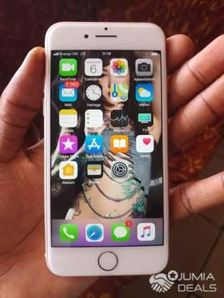 81d3e38c7f861 iphone 8 64giga - Cameroon