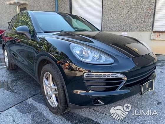 Porsche Cayenne A Vendre >> Porsche Cayenne Full Option 2012 A Vendre Tel 07700962 Akebe Jumia