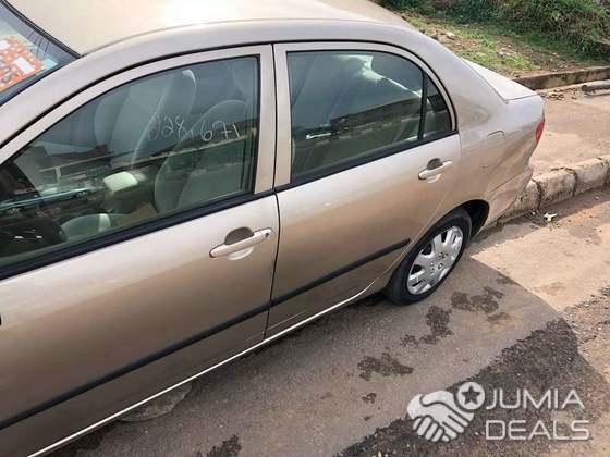 2005 Toyota Corolla CE GOLD   Ghana