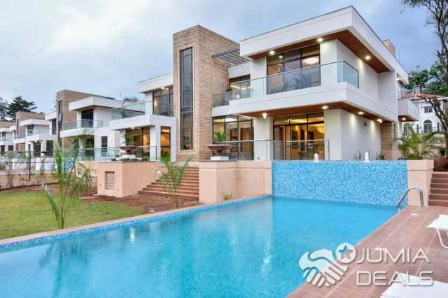 Massive 5 Bedroom Villa With Swimming Pool For Sale I M Karen