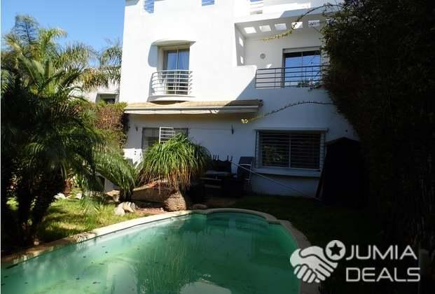 Villa Meublée Avec Piscine À Ain Diab ,Casablanca | Casablanca