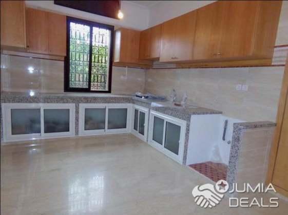 Villa vide tte neuve vc beau jardin à Targa