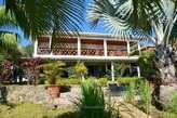 Villa De Premier Ordre Avec Beau Jardin à Ambatoloaka - Madagascar