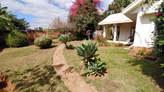 IVANDRY GRANDE  VILLA T4 AVEC  GRAND JARDIN ARBORÉ AU LOTISSEMENT BONNET   - Madagascar