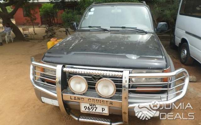 Toyota Land Cruiser 2000 Grey