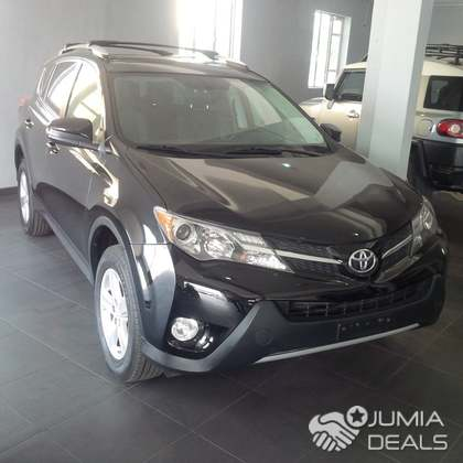 msrp ratings reviews news toyota with seater