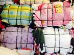UK bales of mixed clothes grade a1 - Nigeria