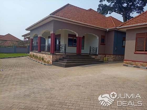 Elegant 4 Bedroom House At Mutungo Kampala Hill Jumia Deals