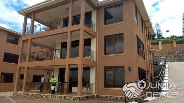 7 Bedroom House For Rent Lubowa