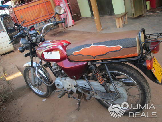 Used Bajaj Boxer On Sale At 1 6m In Kirinya Bweyogerere Bweyogerere Jumia Deals